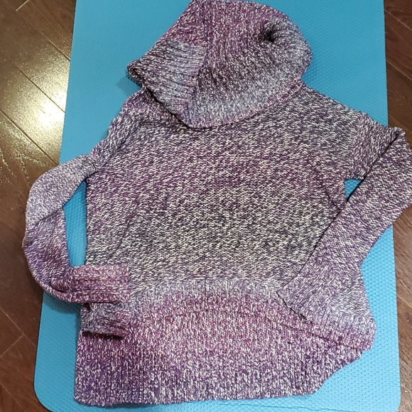 Sweater size s
